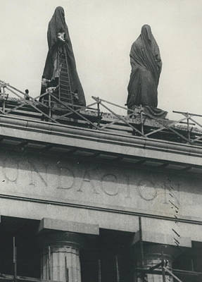 They Don't Like Them Any More; Peron Statues - Covered In Art Print by Retro Images Archive