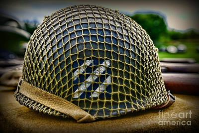 3rd Division Photograph - Third Infantry Division Helmet by Paul Ward
