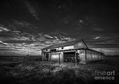 Barbwire Photograph - This Old Barn-b/w by Marvin Spates