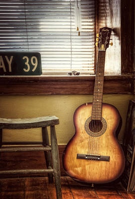 Red Photograph - This Old Guitar by Scott Norris