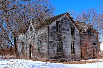 Photograph - This Old House by Larry Trupp