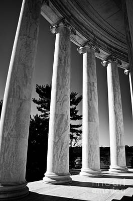 Photograph - Thomas Jefferson Memorial by Ken Johnson