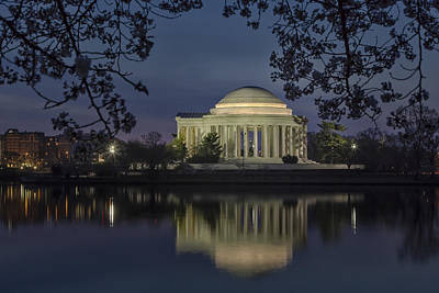 Photograph - Thomas Jefferson Memorial Washington Dc by Susan Candelario