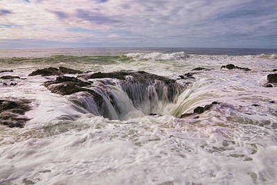 Photograph - Thor's Well Oregon Coast by Steve McKinzie