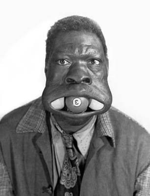 Mouth Photograph - Three Ball Charlie by Underwood Archives