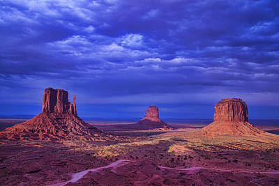 Photograph - Three Buttes by Garry Gay