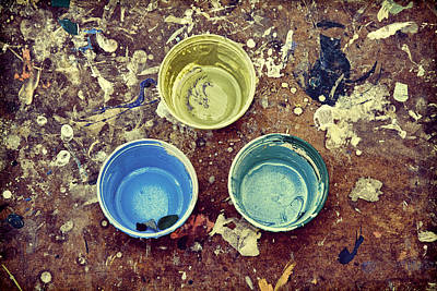 Photograph - Three Empty Paint Cups by Gary Slawsky