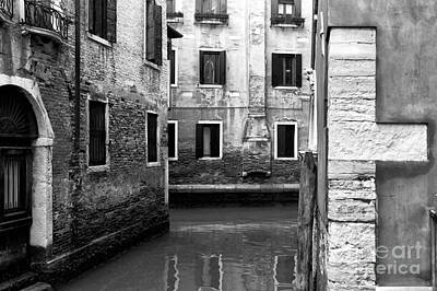 Photograph - Three Walls In Venice by John Rizzuto