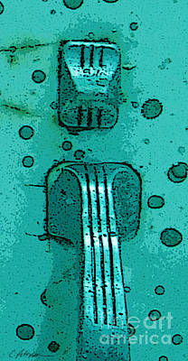 Thumb Slide For A Painter In Teal Art Print by Cathy Peterson