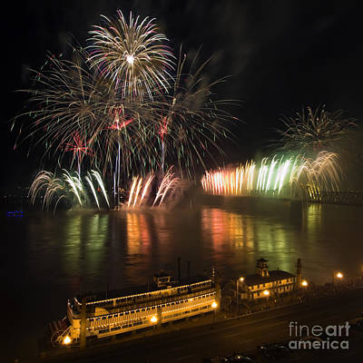 Thunder Over Louisville - D008432 Art Print by Daniel Dempster