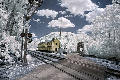 Photograph - Thurmond Depot In Infrared by Mary Almond