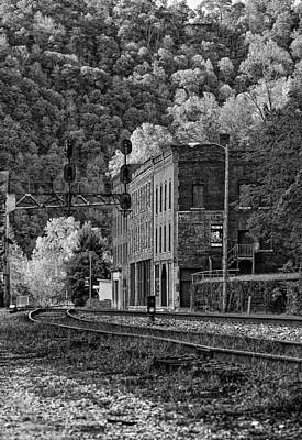 Thurmond Wall Art - Photograph - Thurmond Wv Monochrome by Steve Harrington