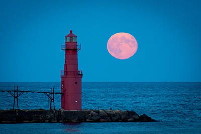 Tidal Moon And Lighthouse Art Print by Bill Pevlor