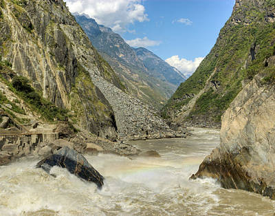 Igers Photograph - Tiger Leaping Gorge by Ray Devlin