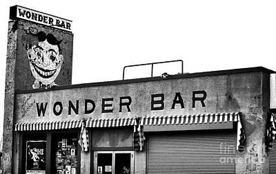 Tillie At The Wonder Bar Art Print by John Rizzuto
