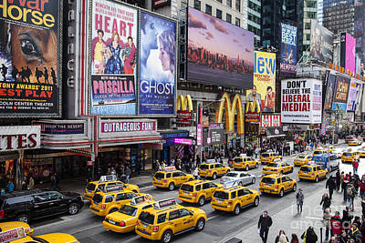 Photograph - Time Square On A Week Day by Olivier Steiner