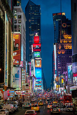 Photograph - Times Square I by Ray Warren