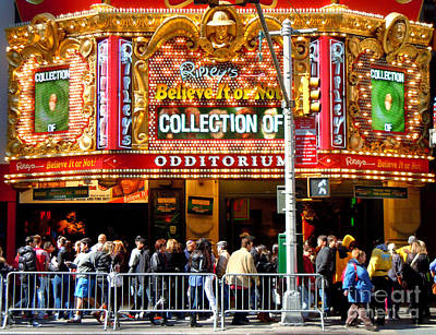 Times Square Ripleys Odditorium Art Print