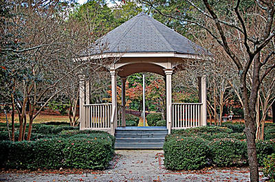 Photograph - Timrod Park Gazebo by Linda Brown