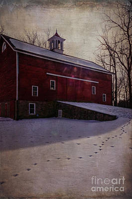 Print featuring the photograph Tinicum Barn In Winter by Debra Fedchin