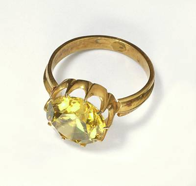 Single Object Photograph - Titanite Stone Set In Antique Gold Ring by Dorling Kindersley/uig