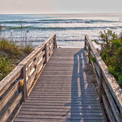 Photograph - To The Beach by Paulette B Wright