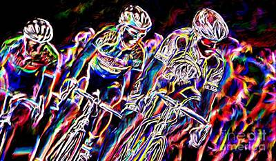 Sports Paintings - To The Finish Line by Sergio B