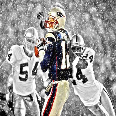 Elway Digital Art - Tom Brady Under Pressure II by Brian Reaves
