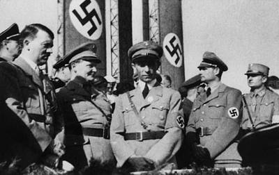 Speer Photograph - Top Nazi Leaders At Nazi Party Rally by Everett