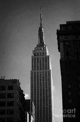 Top Of Empire State Building Manhattan New York City Art Print by Joe Fox