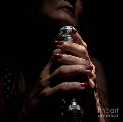 Photograph - Hands Of A Torch Singer by Robert Frederick