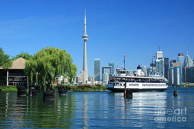 Photograph - Toronto Skyline by Frank Townsley