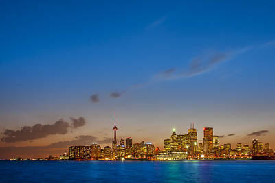 Man Photograph - Toronto Skyline by Sebastian Musial