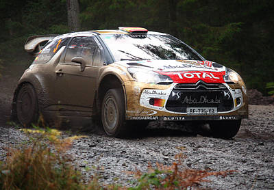 Ds3 Photograph - Total Commitment by Graham Parry