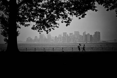 Photograph - Towards Lower Manhattan by Ben Shields