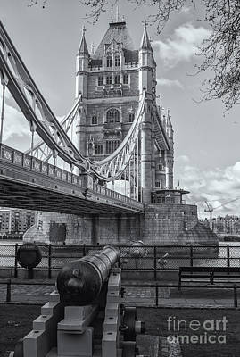 Photograph - Tower Bridge Iv by Clarence Holmes