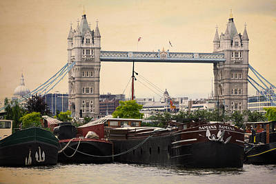 Photograph - Tower Bridge by Stephen Norris