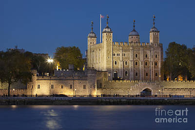 Tower Of London Art Print by Brian Jannsen