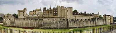 Photograph - Tower Of London Panorama by Heather Applegate