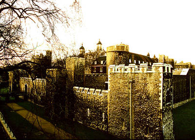 Photograph - Tower Of London by Robert  Rodvik