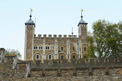 Photograph - Tower Of London by Shanna Hyatt