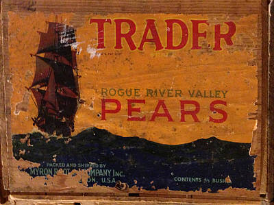 Photograph - Trader Pears Crate Label by Richard Reeve