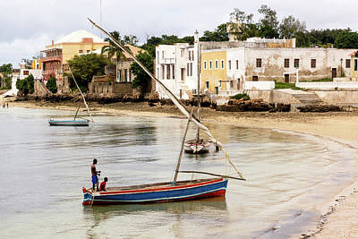 Dhow Photograph - Traditional Dhow Boats On Shore by Danita Delimont
