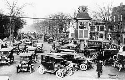 Traffic Control In Detroit Art Print by Library Of Congress