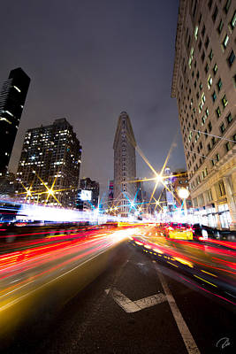 Nyc Photograph - Traffic Glow At Flatiron by Rob Beverly