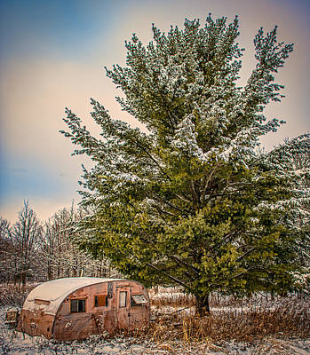 Country Scene Photograph - Trailer Trash by Paul Freidlund