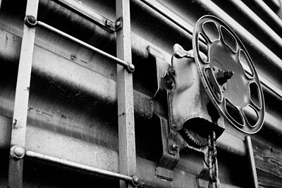 Rust Photograph - Train 11 by Niels Nielsen
