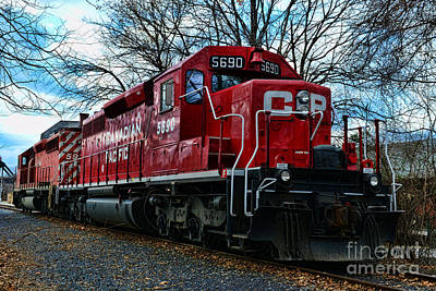 Cp Rail Photograph - Train - Canadian Pacific 5690 by Paul Ward