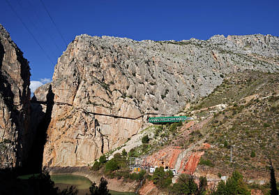 Rey Photograph - Train Exiting Tunnel Above The Gorge by Panoramic Images