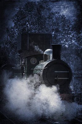 Photograph - Train In Mist by Ethiriel  Photography